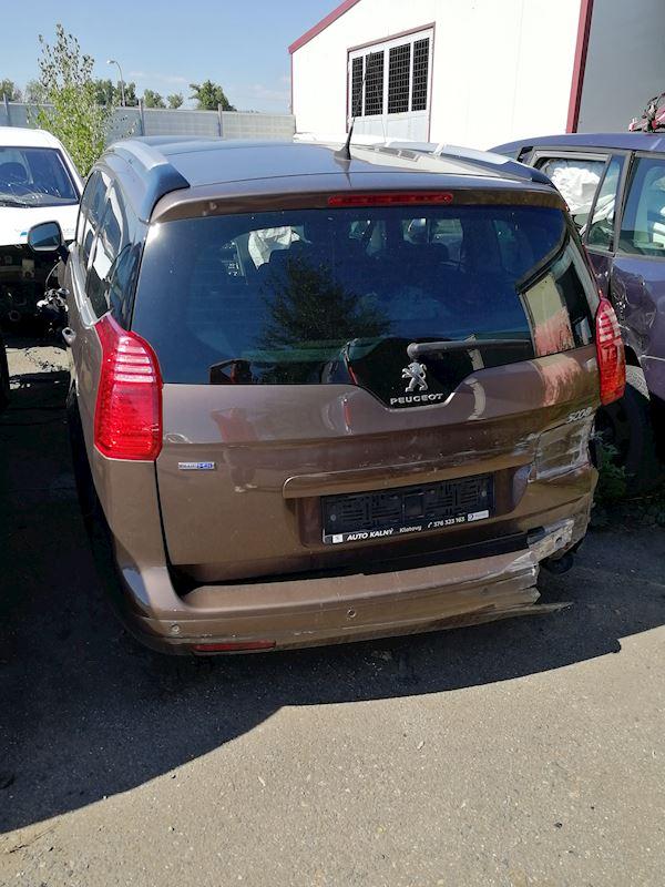 ZEMPRON s.r.o. - autovrakoviště Citroën a Peugeot Třebíč - fotografie 16/23