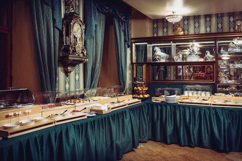 Snídaňový bufet Café Mozart
