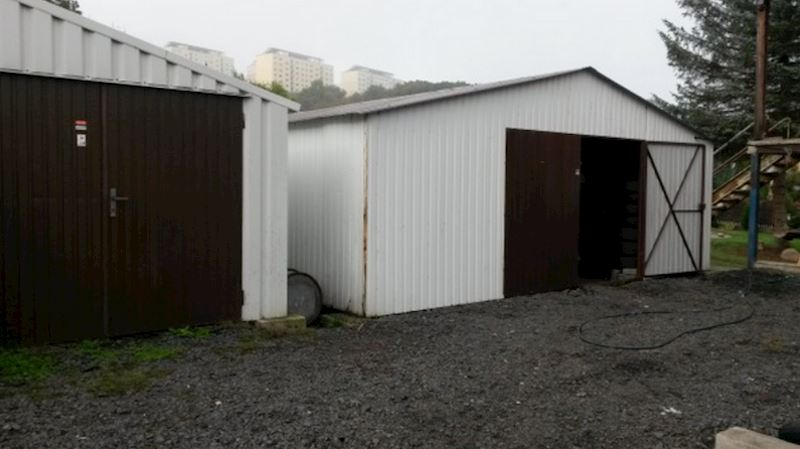 Pneuservis, přezouvání pne, skladování pneu Teplice, Most, Bílina - Max Batovec - fotografie 3/5