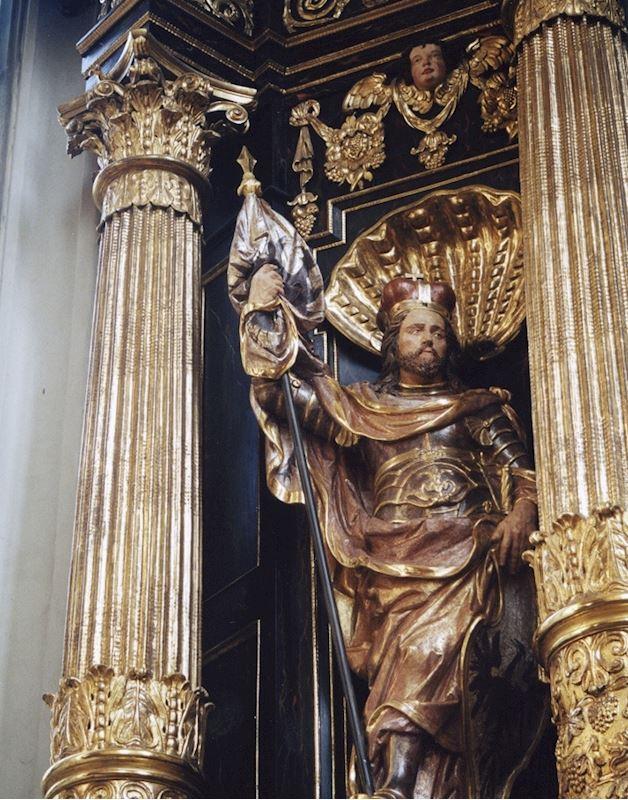 Polychromované sochy ze dřeva