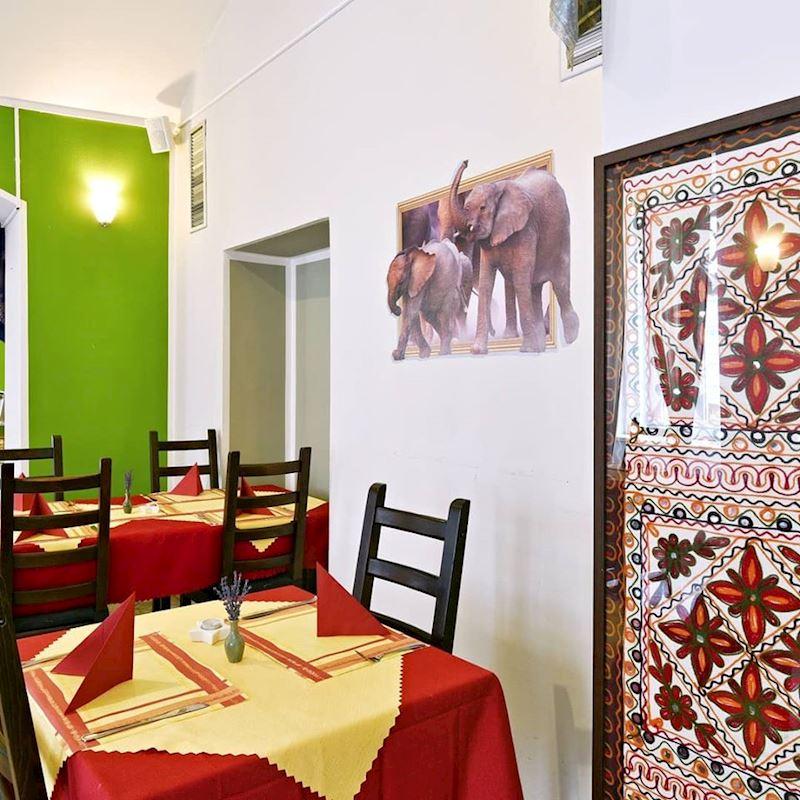 Indická Restaurace Taj Mahal Express - fotografie 2/18