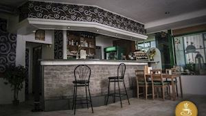 Cafe - Bar Trio