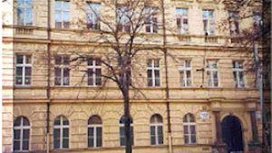 Základní škola a Střední škola, Praha 2, Vinohradská 54