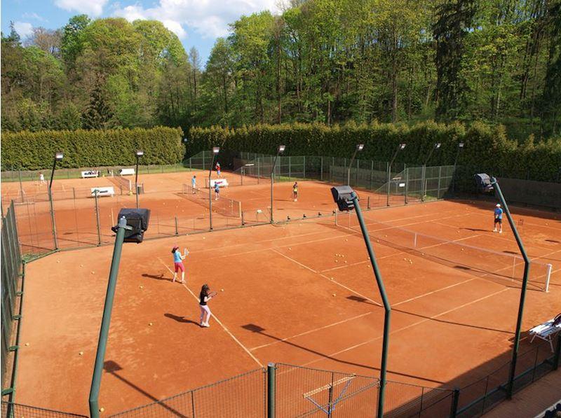 Tenis - Centrum Český Krumlov - fotografie 7/15