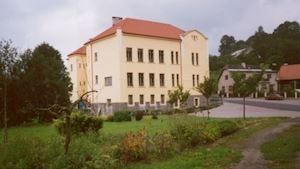 Základní škola a Mateřská škola Benešov u Semil
