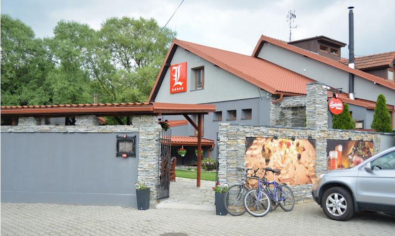 Restaurace a penzion Lutena