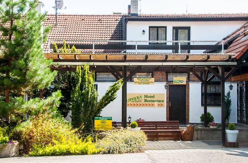Hotel*** a lesní restaurant Lipovka - fotografie 2/15