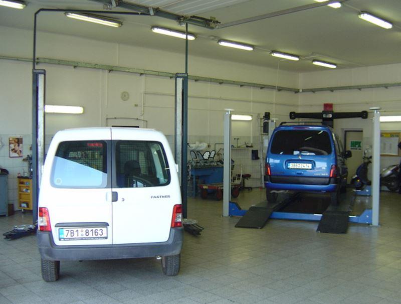 Autoservis Peugeot Jonal, spol. s r.o. - fotografie 13/16