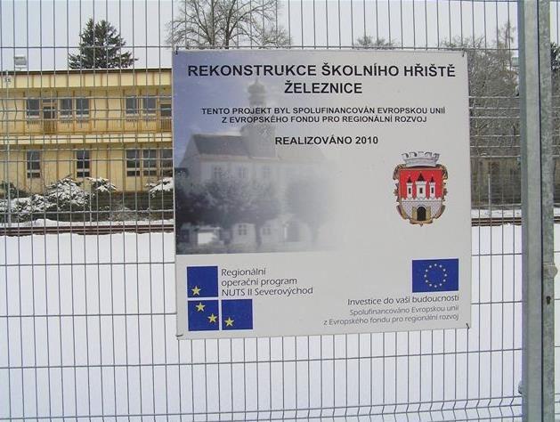 ŽELEZNICE - městský úřad - fotografie 12/20