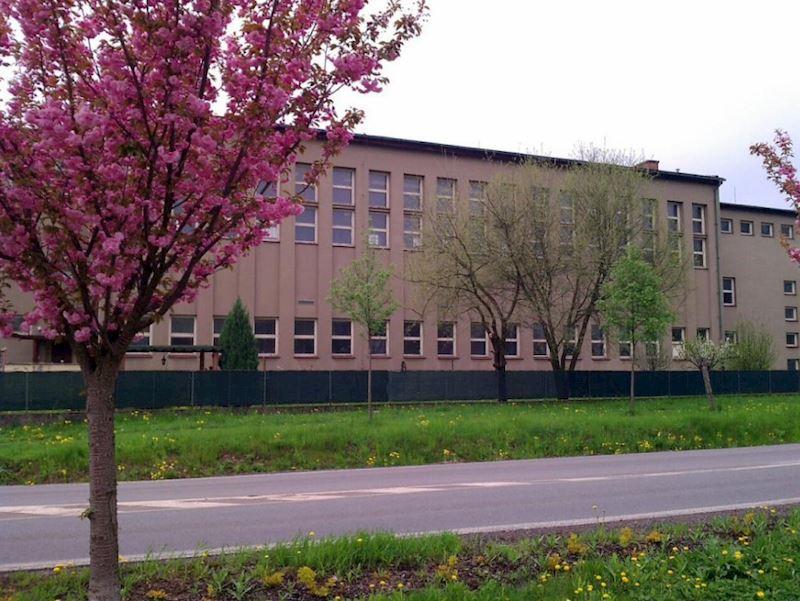 Základní škola Pardubice-Ohrazenice, Trnovská 159 - fotografie 7/10