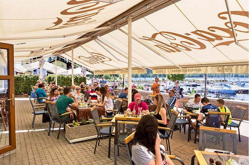 Restaurace Marina Lipno - fotografie 25/37
