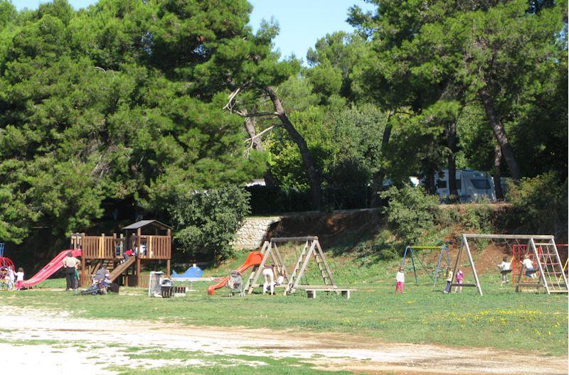 Camp WILLIAMS - mobilní domy a karavany - fotografie 21/28