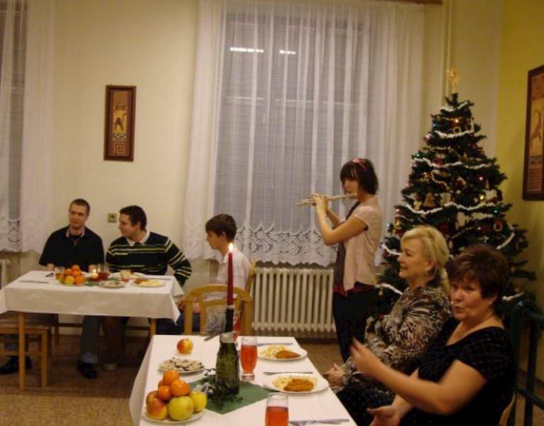 Domov mládeže a Školní jídelna-výdejna, Ostrava-Hrabůvka, Krakovská 1095, příspěvková organizace - fotografie 11/11