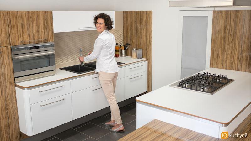 Exkluzivní dřevo + bílá | Jednodušší vaření