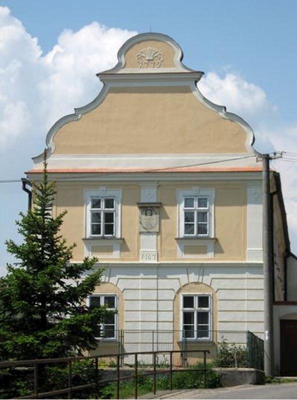 Moravské Budějovice - městský úřad - fotografie 6/15