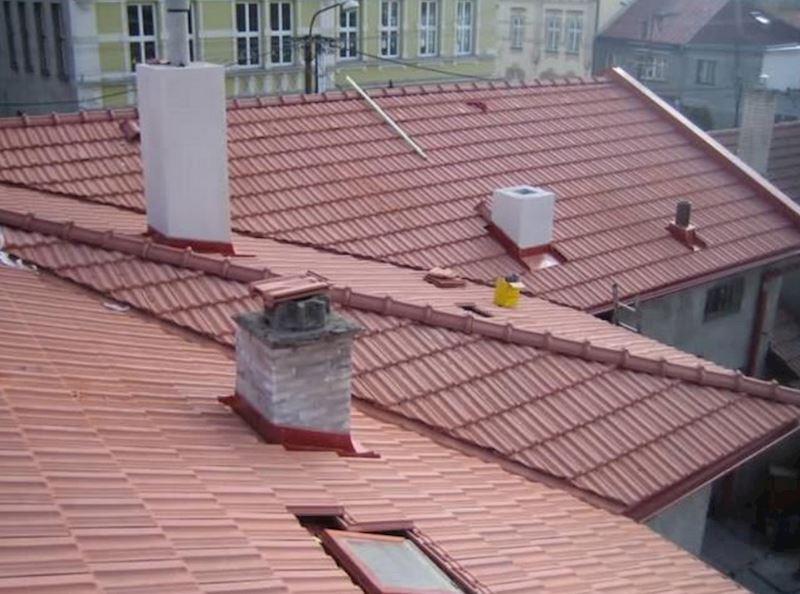 BAHROS s.r.o. - střechy, klempíři, hromosvody, pokrývači - fotografie 1/8