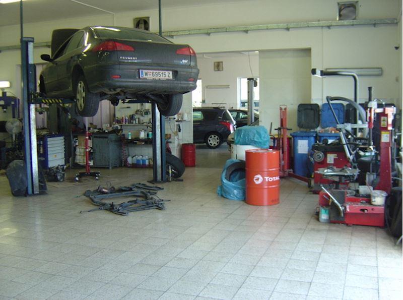 Autoservis Peugeot Jonal, spol. s r.o. - fotografie 12/16