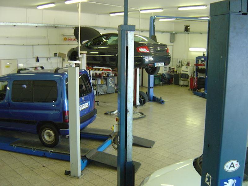 Autoservis Peugeot Jonal, spol. s r.o. - fotografie 10/16