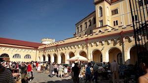 Antik Bazar - Bohumil Vavříček