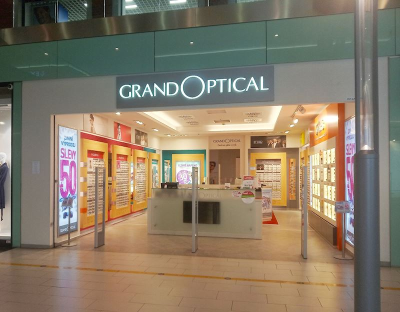 GrandOptical - oční optika Breda & Weinstein Opava - fotografie 1/17