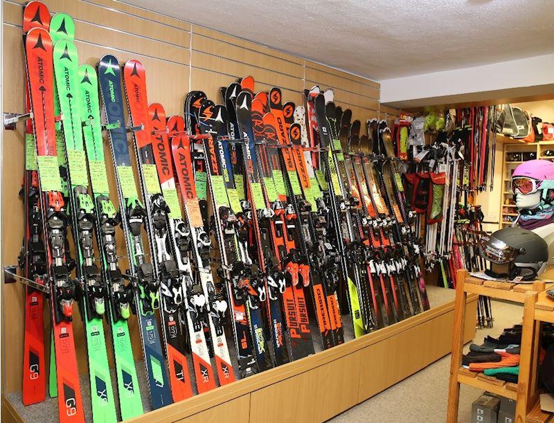prodejna - lyže, nové modely