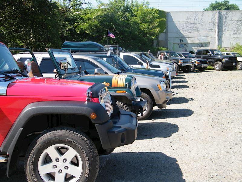 Crown RDR Automotive Sales International, s.r.o. - fotografie 4/5