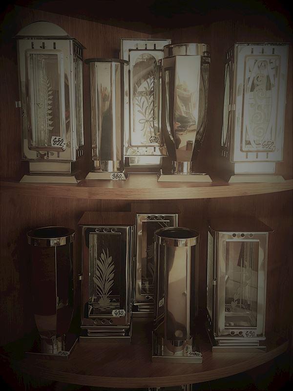 Svítilny a vázy