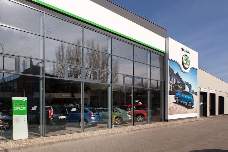 Auto - Poly spol. s r.o. - autorizovaný prodej a servis vozů Škoda a VW užitkové - fotografie 3/9