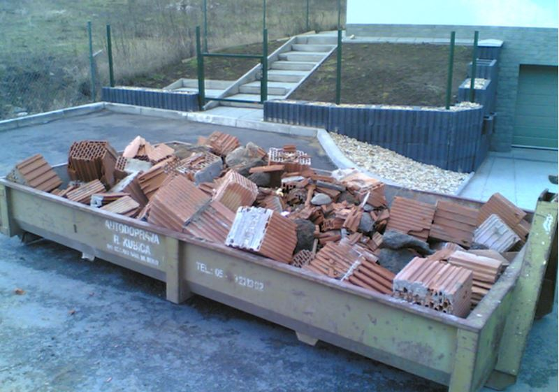 Richard Kubica, s.r.o. - pronájem kontejnerů - fotografie 12/12
