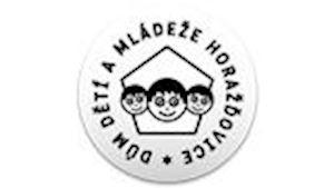 Dům dětí a mládeže, Horažďovice, Zámek 11