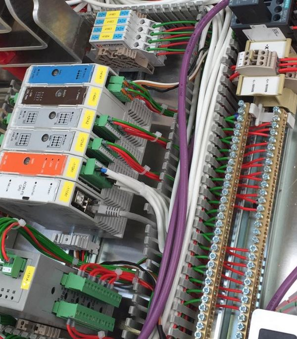 Techco-Electrics ETS s.r.o. - fotografie 9/15