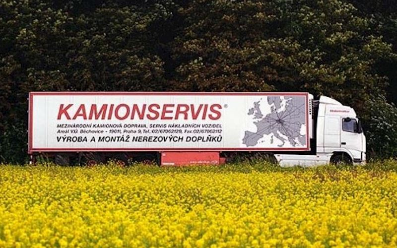 KAMIONSERVIS Praha, a.s. - mezinárodní kamionová přeprava - fotografie 2/23