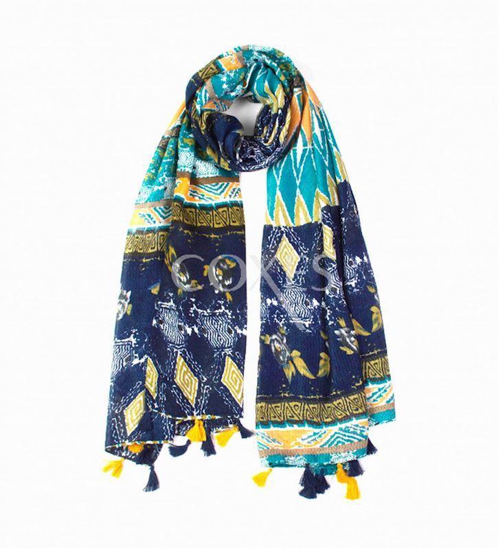 šátek přes ramena s třásnemi