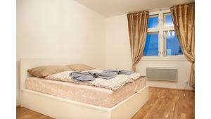 Hodinový hotel | 60min.cz |Praha | s vyhledem na Riegrovy sady|