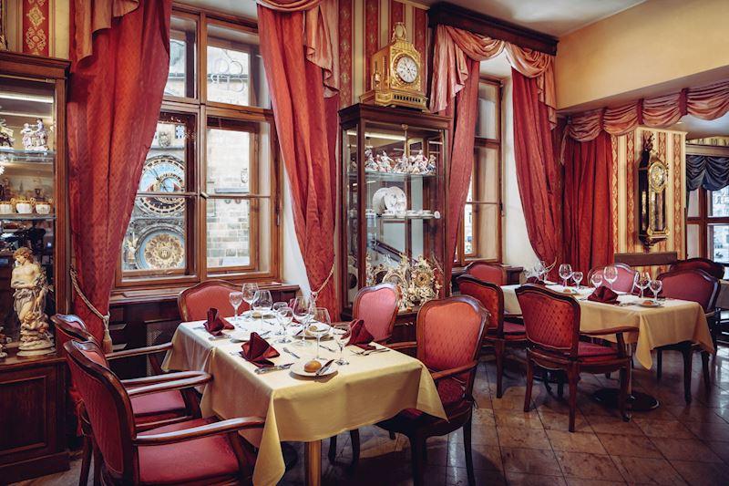 Café Mozart výhled na Staroměstský orloj