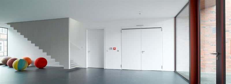HÖRMANN ČESKÁ REPUBLIKA, s.r.o. - garážová vrata, dveře, pohony - fotografie 3/17
